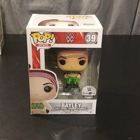 WWE FUNKO POP Bayley #39 Toys R Us exclusive